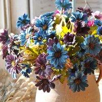الزهور الزهور أكاليل الاصطناعي للديكور الحرير الأوروبي ديزي أقحوان زهرة فلوريس باقة المنزل