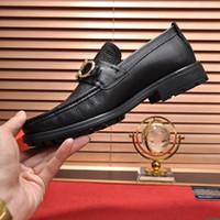 부드러운 디자이너를위한 고품질 검은 공식 드레스 신발 정품 가죽 신발 라운드 발가락 망 비즈니스 옥스포드 로퍼 신발