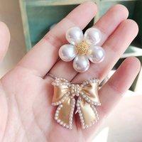 Versione coreana Fiore di lusso Spille di perle di arco selvatico Spilla spilla Pin fibbia Semplice camicia colletto gioielli gioielli