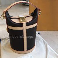 Moda Luxurys Tasarımcılar Crossbody Çanta 2021 Yüksek Kalite Gerçek Deri Zarif Küçük Cips Bayan Çanta Çantalar Omuz Kova Çanta