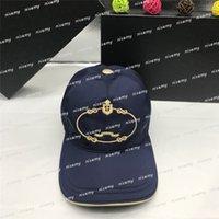2020 Tasarımcılar Kapaklar Şapka Erkek Bonnet Gömme Beyzbol Kapaklar Cappelli Firmati Beanies Kova Şapka Snapback Kap Ayarlanabilir Golf Kapaklar Kutusu Ile