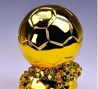 Troféu Dourado Troféu Troféu Fã de Futebol Cheerleading Bola Titan Futebol Artesanato Keepsake Champion Cup Lembranças Resina Bbycn YH_Pack