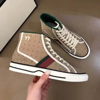 Classics Quality Hommes Femmes Chaussures Espadrilles Sneakers Impression Promotion Marche Snewer Snewery Toile High Top Platform Chaussures 92