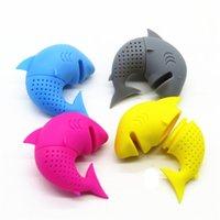 سيليكون الشاي infuser أسماك القرش النمذجة متعددة الألوان الشاي مصافي أحمر أخضر أصفر أزرق رمادي الناشر الإبداعية 5 8BH L1