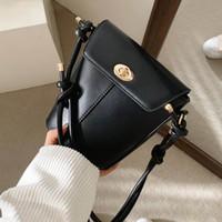 2021 Nova Moda Mulheres Bolsas De Ombro Bolsa PU Couro Crossbody Bags Ajustável Saco Subaxilares Feminino Embreagens Bolsa C0125