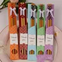 Natürliche Bambus-Essstäbchen Geschirr Hochzeitsbevorzugung Geschenk-Souvenirs kreative Hochzeitsgeschenk-Essstäbchen-Geschenke mit Einzelhandelsverpackungen