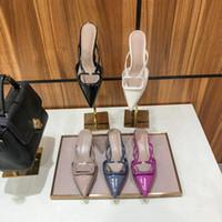 Sandálias de salto alto Gladiador Gladiador Mulheres Sandal Fine Salto Altos Heeleds Sapatos Fashion Sexy Letter Couro Mulher Sapato Grande Tamanho 35-42