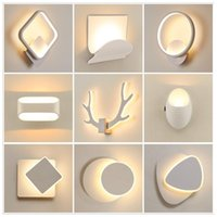 Lampe murale à LED nordique 1pc Creative Nordic Moderne Montée murale Couleur de chevet Night Light