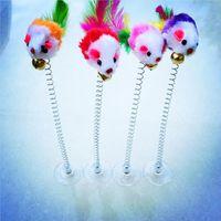 Lustige Swing Frühling Mäuse mit Saugnapf Pelzige Katze Spielzeug Bunte Feder Tails Mousetoys Für Katzen Kleine niedliche Haustierspielzeug WQ31-WLL
