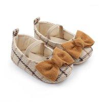 الربيع الأميرة الطفل بنات أحذية الوليد طفل فراشة عقدة السببية الأحذية منقوشة الأحذية الناعمة الوحيد قبل الميلاد 0-18M1