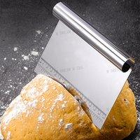 Cortador de massa de aço inoxidável Multifunções Banco de bolo do raspador de bolo Guia de medição da pizza ferramentas de cozinha 15 * 12cm DHL frete