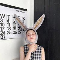 Bonnet / Casquettes de crâne En stock! Costume de fête d'hiver Capuchon de coiffe peluche amusant chapeau blanc féminin doux longue oreille
