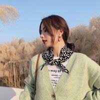 ins 가을과 겨울 새로운 표범 매듭 삼각형 스카프 여성 브랜드 더블 니트 양모 턱받이 klwe
