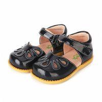Tipsietoes Top Brand Brand Petal 100% Мягкая кожа лепестки Новые мальчики и девочки Детская пляжная обувь Детские спортивные сандалии Sandalias J1211