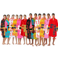 Männer Nachtwäsche Bademäntel Unisex 100% Baumwolle Nachtrobe Gute Qualität Schlafkleidung Mode Luxus-Roben Atmungsaktiv Elegante Frauen Kleidung 1739