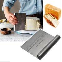 Edelstahl Bank Scraper Pizzateig Cutter MAßTABELLE 15 * 11,5 cm Küchengeräte verdickte Nudel-Messer mit Skala EEA2179