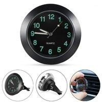 Air Air Vent Quartz Horloge Lumineuse Auto Intérieur Montre Mini voiture Quartz Clock Horloge Digital Decoration Montre Ornements Styling1