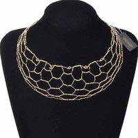Collar de babero de aleación Oro gargantilla collar Declaración de collares huecos Brazalete para mujeres Accesorios de fiesta Conjunto de joyería de moda