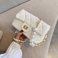 لؤلؤة مبطن سلسلة بو الجلود الصلبة اللون crossbody حقائب للنساء 2021 أزياء صغيرة حقيبة الكتف حقيبة الإناث حقائب ومحافظ