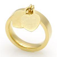 Moda jóias 316L titânio ouro-banhado a ouro anéis de coração t letras letras duplas anel de coração feminino anel para mulher