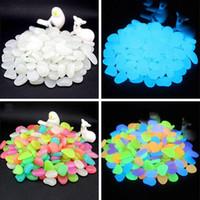 50 PC / Paquete Piedra Luminosa Piedra Fluorescente Guijarros Tanque de Peces Decoración de jardín Piedra Luminosa Envío gratis