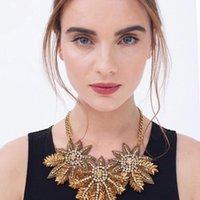 Nova flor de ouro Colar do vintage Declaração de cristal Chunky colar de luxo declaração de flores moda jóia para mulheres presentes