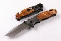 Drop Shipping Brown X50 Apertura rapida Coltello Pieghevole Tactical Grigio Titaniun Blade Acciaio + Manico in legno Coltello da campeggio Coltelli da campeggio WTIH Scatola di carta al minuto
