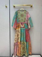 Robe de la piste de Milan 2021 ô manches longues à manches longues de la robe de concepteur Jacquard marquée de la même robe de style 1218-4