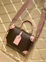 M45531 M45393 Petite Malle Soup Sac Femmes Sac fourre-tout en cuir Embossé Boîtier rond noir Sac à main noirs sacs à main sacs à main classiques de fleur marron