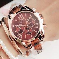 Novas mulheres assistem famoso luxo top marca moda quartzo marrom senhoras relógios de pulso genebra presentes para mulheres 201204