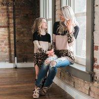 Nashakaite Мать и дочь Одежда с длинным рукавом Leopard Лоскутная семья Семейная футболка Семья Смотри Мамочка и Me Tops 201128