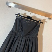 2021 robe de piste de piste printemps robe d'été bretelles marquez le même style empire robe femme robe de haute qualité Nishi