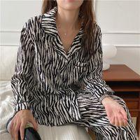 Donne da notte Cats Herfst Fashion Zebra Stampa Pigiama Pack Pack Long Mouw Casual Home Abbigliamento