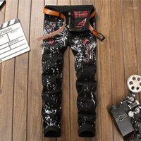 Toptan-Newsosoo erkek kırmızı yusufçuk işlemeli kot siyah sıska rahat grafiti baskı pantolon bahar sonbahar için # 800111