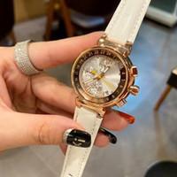 Moda Kadınlar Saatler Üst Marka 32mm Elmas Arama Saatı Deri Kayış Kuvars İzle Bayanlar Için En Iyi Sevgililer Günü Hediyesi Orologio di lusso