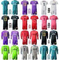Niños Real Madrid Muerta de manga larga Portero Thibaut Courtois Youth Iker Casillas Soccer Jerseys Set Walie Navas Paco Buy Football Camiseta Kits