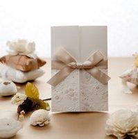 2 шт. Элегантные винтажные тисненые трипты свадебные приглашения карты, акриловая открытка с конвертами и лентой Bowknot Design T200115