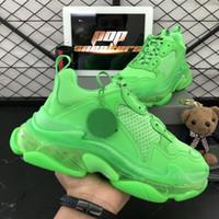 En Kaliteli 2020 Yeni Paris Moda 17fw Üçlü S Sneakers Çizmeler Erkekler Kadınlar Için Yeşil Beyaz Sneakers Vintage Eski Baba Büyükbaba Rahat Ayakkabılar