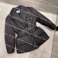 뉴 샷 여성 디자이너 옷 2020 조정 가능한 허리 디자이너가있는 겨울 코트가 겨울 자켓 코트 Womens 의류 다운 파카를 다운