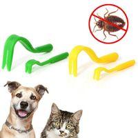 2 шт. / Набор Пластиковый портативный крючок The Twister Remover Hook Hourse Hourse House Cat Cat Dog Pet Saceates Tick Remover Tool Animal Flaea Took 399 N2
