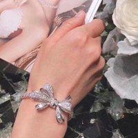 حار لامع زيوركون سوار للنساء حفل زفاف عالية الجودة الفضة لون مجوهرات الأزياء bowknot الإسورة