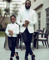 Ring Inhaber Boy's OFFEN SUXEDOS Tuch Revers Eine Taste Kinder Kleidung für Hochzeitsfeier Kinder 2 Stück Set (Weiße Jacke + Schwarze Hose)