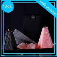 북유럽 기하학 콘 향수 재 스민 로즈 아로마 테라피 에센셜 오일 촛불 오래 지속되는 홈 침실 촛불 DWA2484