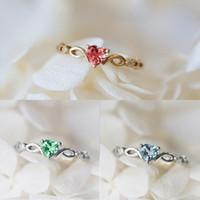 Simples Coração Anel para Mulheres Feminino Cute Cristal Dedo Anéis Presente Aniversário Romântico Para Namorada Moda Zircon Jóias De Pedra