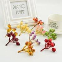 Guirnaldas de flores decorativas 6-7heads Estambres artificiales Mini fruta Fake Cherry Bayas Simulación Espuma Plástico Modelo Partido Boda Decoratio