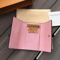 Avec boîte haute qualité Mode Femmes Men Classique 6 Porte-clés Couvercle Porte-clés Homme Sac à poussière Bague 7 couleurs Porte-monnaie Portefeuille
