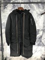 큰 할인 된 남성 겨울 두건이 롱 다운 코트 1입니다