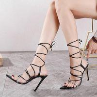 2021 Summer Women Chaussures Sandales Bling Diamants Bande Bandes Chaussures Stillettos High Heel Robe Chaussures à lacets