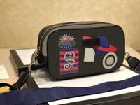 2020 جودة عالية 5a أزياء العلامة التجارية مصمم الجلود حقيبة كاميرا السيدات السيدات الكتف رسول حقيبة حقيبة سستة بسيطة أزياء السيدات مع مربع