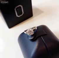 Designer classico di lusso S925 sterling argento quadrato zircone fiore fascino anello nuziale per gioielli da sposa